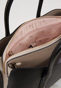 kate spade new york - MEDIUM SATCHEL - Handtasche - black/warm taupe - 4