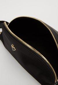 kate spade new york - MEDIUM BELT BAG - Bum bag - black - 4