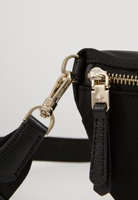 kate spade new york - MEDIUM BELT BAG - Bum bag - black - 5