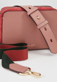 kate spade new york - MEDIUM CAMERA BAG - Umhängetasche - tinted rose - 6
