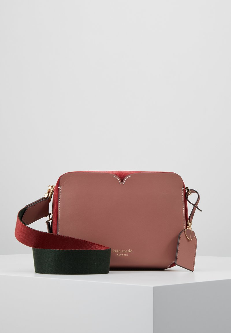 kate spade new york - MEDIUM CAMERA BAG - Umhängetasche - tinted rose