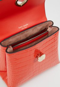 kate spade new york - MINI TOP HANDLE - Olkalaukku - fire - 4