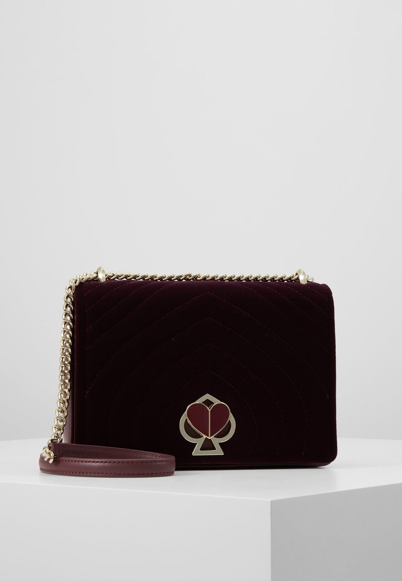 kate spade new york - MEDIUM CHAIN SHOULDER BAG - Bandolera - cherrywood