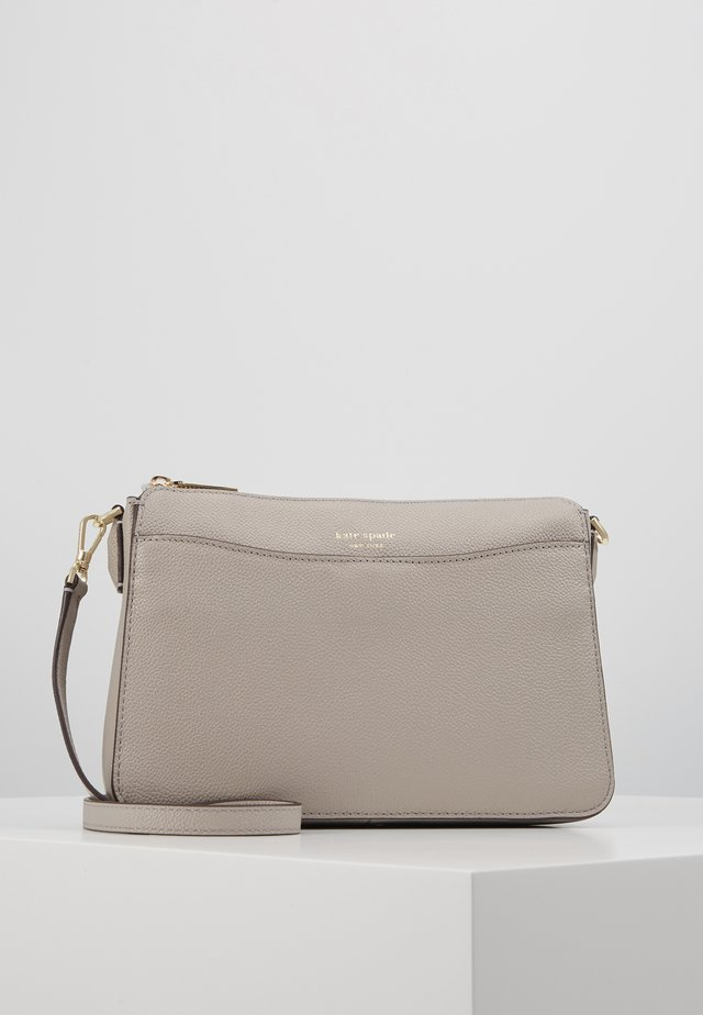 MARGAUX MEDIUM CROSSBODY - Torba na ramię - true taupe