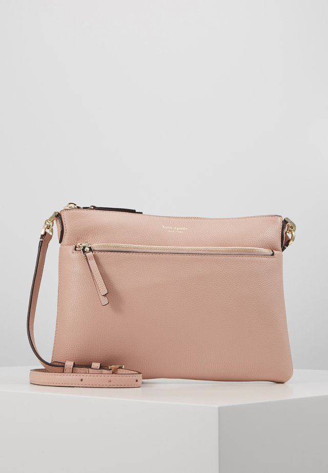 POLLY MEDIUM CROSSBODY - Axelremsväska - flapper pink