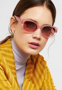 kate spade new york - CITIANI - Sonnenbrille - pink - 1