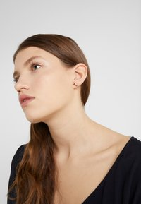 kate spade new york - PAVE STUDS - Earrings - clear/rose gold-coloured - 1