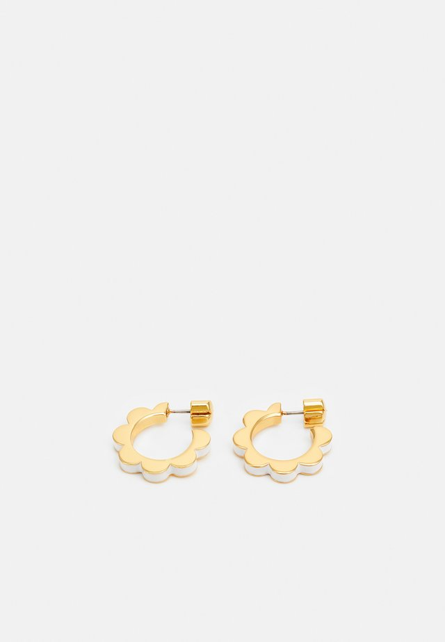 SLICED SCALLOPS ENAMEL HUGGIES - Earrings - white