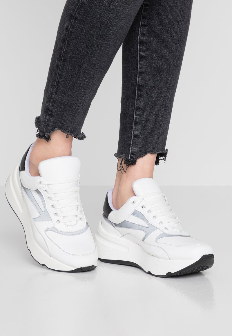 Kaltur - Sneaker low - white
