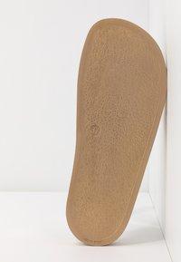 Kaltur - Pantofle - gold - 6