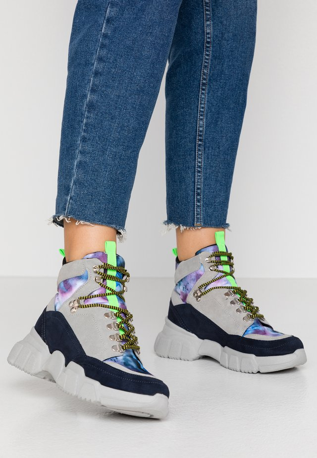 BROOKLYN - Ankle boot - grey/blue/multicolor