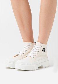Kaltur - Sneakers alte - beige - 0