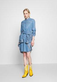 Kaporal - BARTH - Robe en jean - light blue - 1