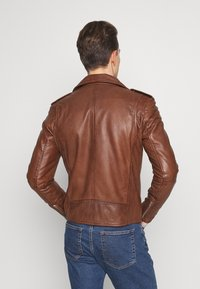 Serge Pariente - ROCKY - Leather jacket - cognac - 2