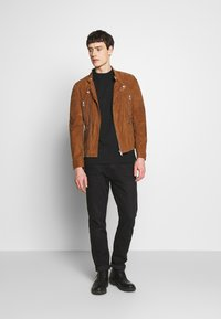 Serge Pariente - GLADATOR SUEDE - Leather jacket - cognac - 1