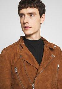 Serge Pariente - GLADATOR SUEDE - Leather jacket - cognac - 3