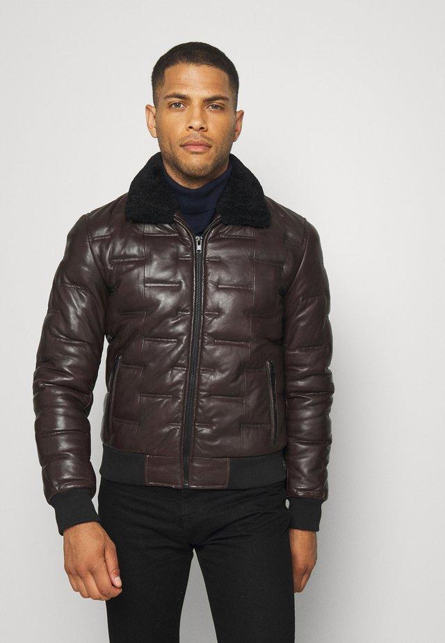 TAYLOR - Leather jacket - wine