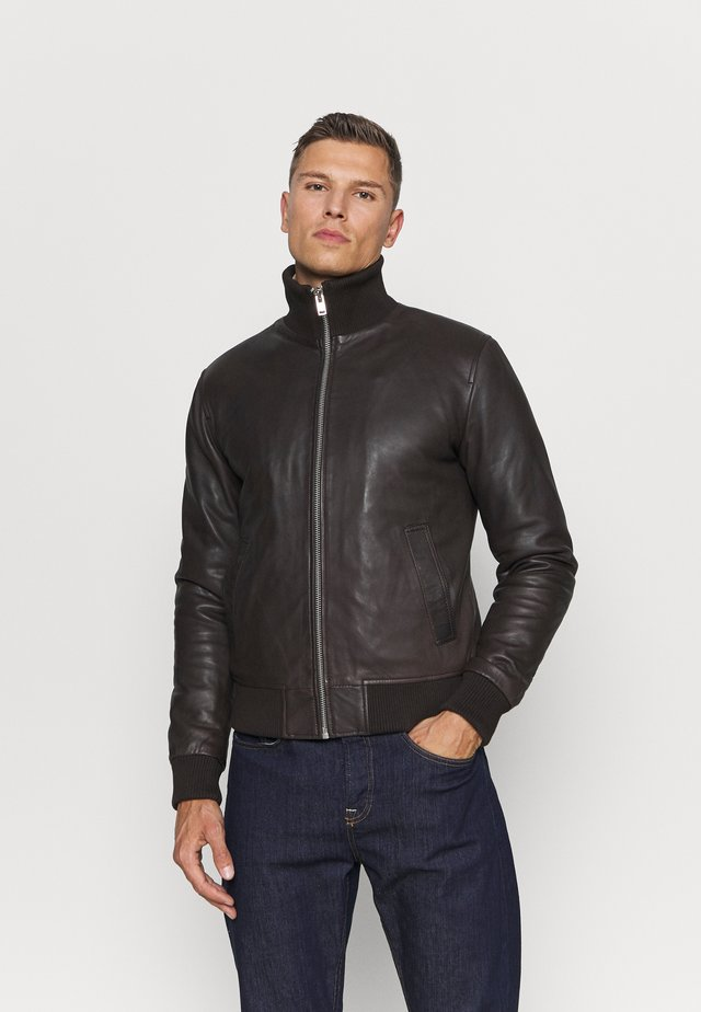 PAROS - Leather jacket - brown