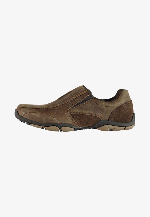 Smart slip-ons - brown