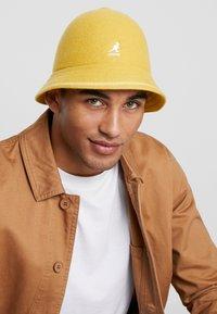 Kangol - STRIPE CASUAL - Hat - marigold - 1