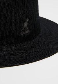 Kangol - TROPIC RAP HAT - Klobouk - black - 6