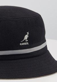 Kangol - STRIPE LAHINCH - Klobouk - black - 3