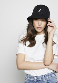 Kangol - TROPIC CASUAL - Klobouk - black - 1