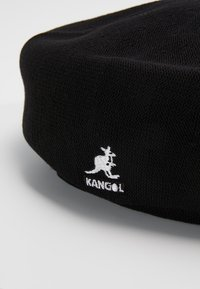 Kangol - BAMBOO JAX BERET - Čepice - black - 6
