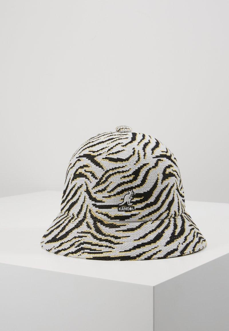 Kangol - CARNIVAL CASUAL - Hat - white/black