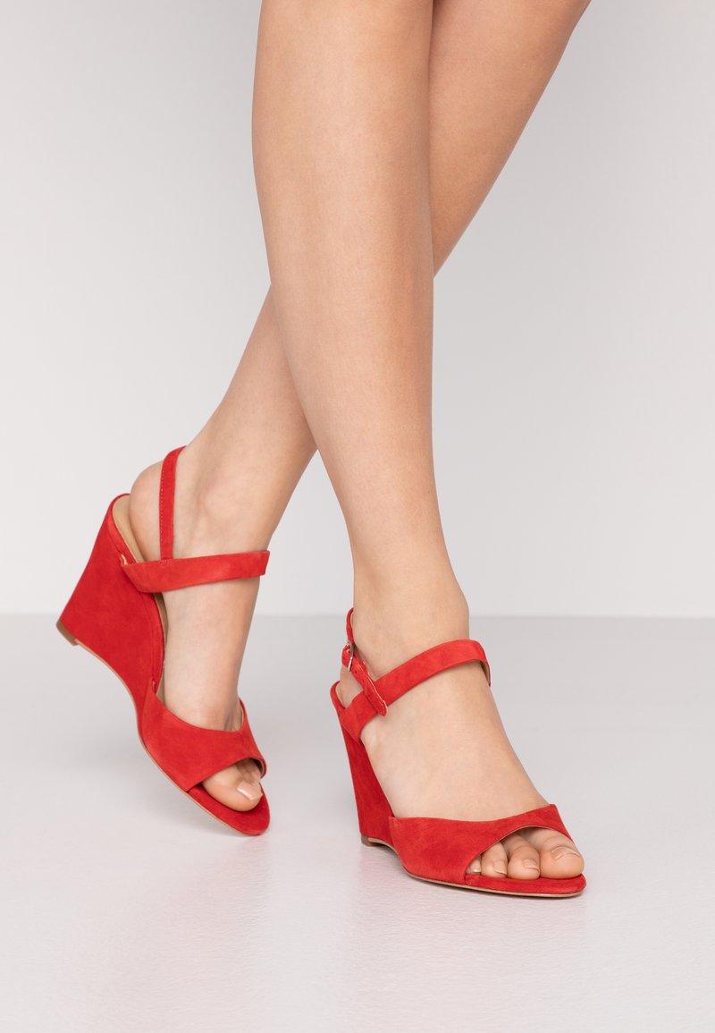 KIOMI - High heeled sandals - red