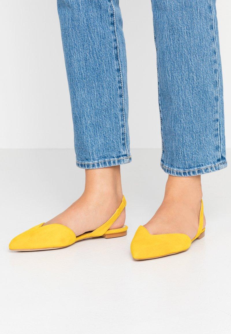 KIOMI - Slingback ballet pumps - yellow