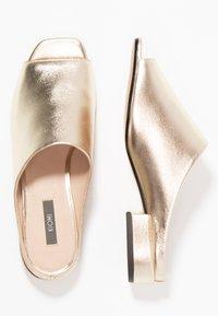KIOMI - Mules - gold - 3