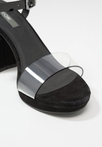 KIOMI - Sandały na obcasie - black - 2
