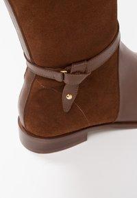 KIOMI - Boots - cognac - 2