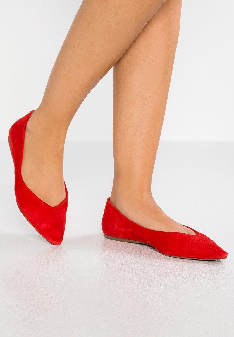 KIOMI - Ballet pumps - red