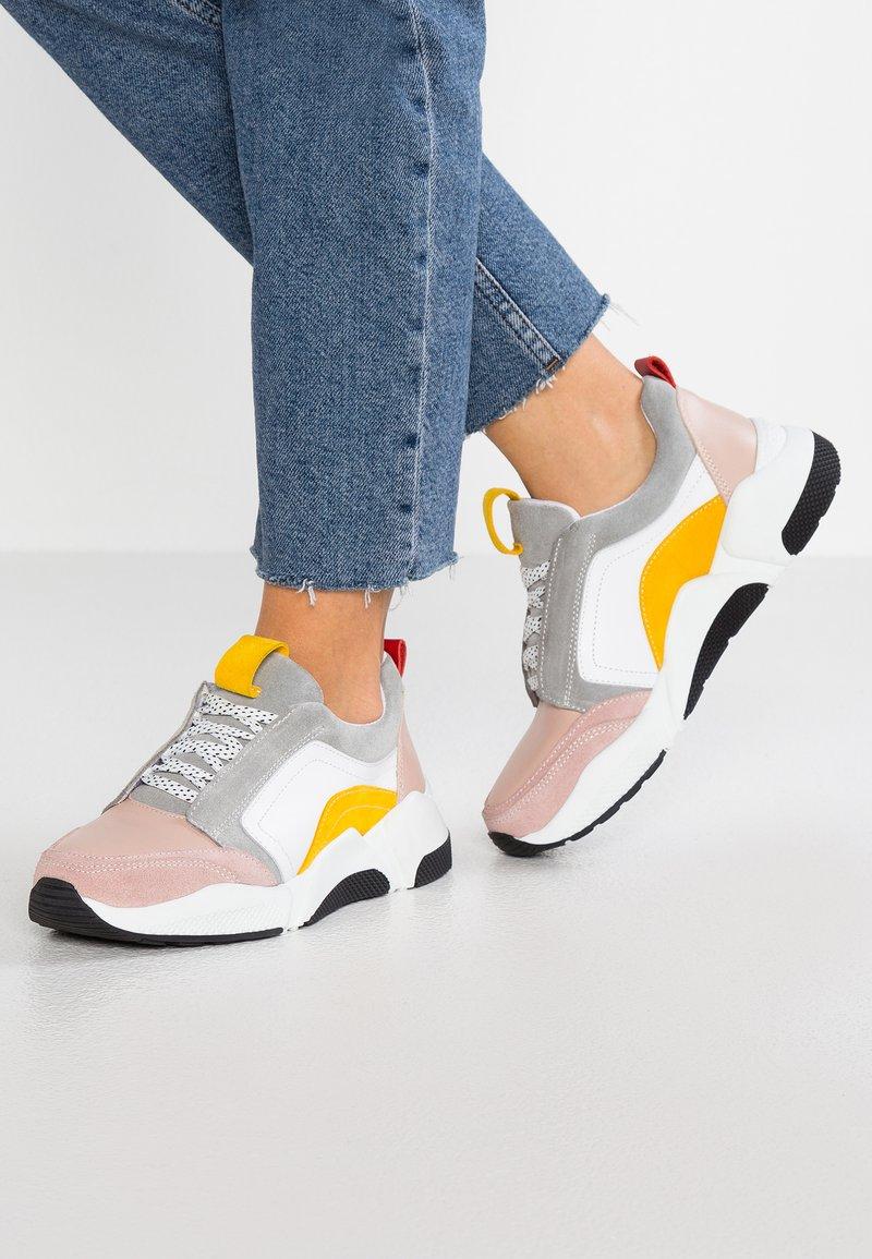 KIOMI - Sneakers - multicolor