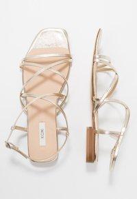 KIOMI - Sandales - gold - 3