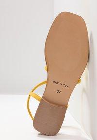 KIOMI - Sandaalit nilkkaremmillä - yellow - 6