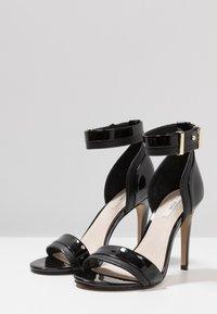 KIOMI - Sandaler med høye hæler - black - 4