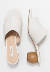 KIOMI - Heeled mules - white - 3