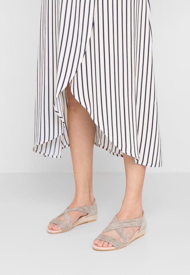 KIOMI - Wedge sandals - beige