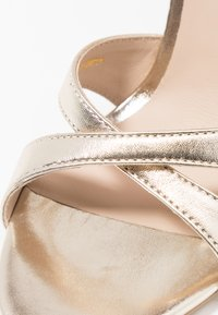KIOMI - Sandaletter - gold - 2
