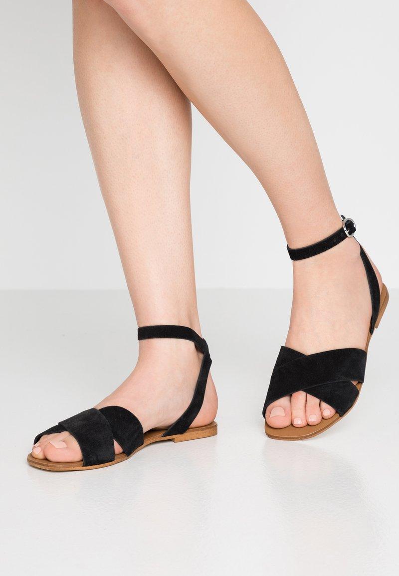KIOMI - Sandales - black