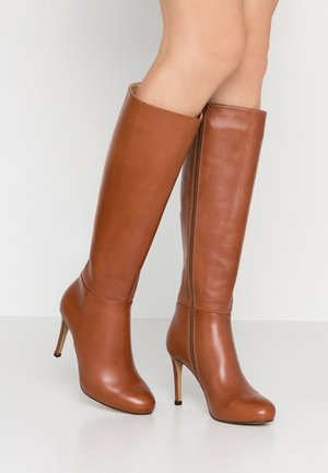 High heeled boots - cognac