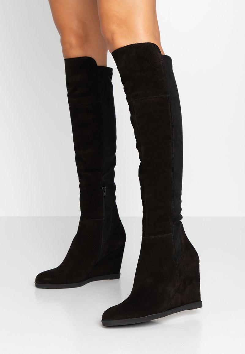 KIOMI - Stivali con la zeppa - black