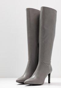 KIOMI Wide Fit - Boots - grey - 4