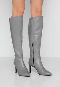 KIOMI Wide Fit - Boots - grey - 0