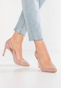 KIOMI - High heels - nude - 0