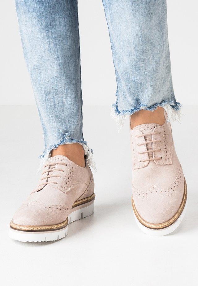 Šněrovací boty - rose