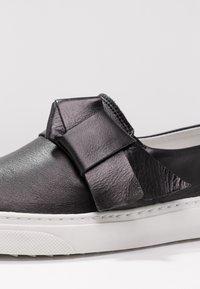KIOMI - Loafers - black - 2